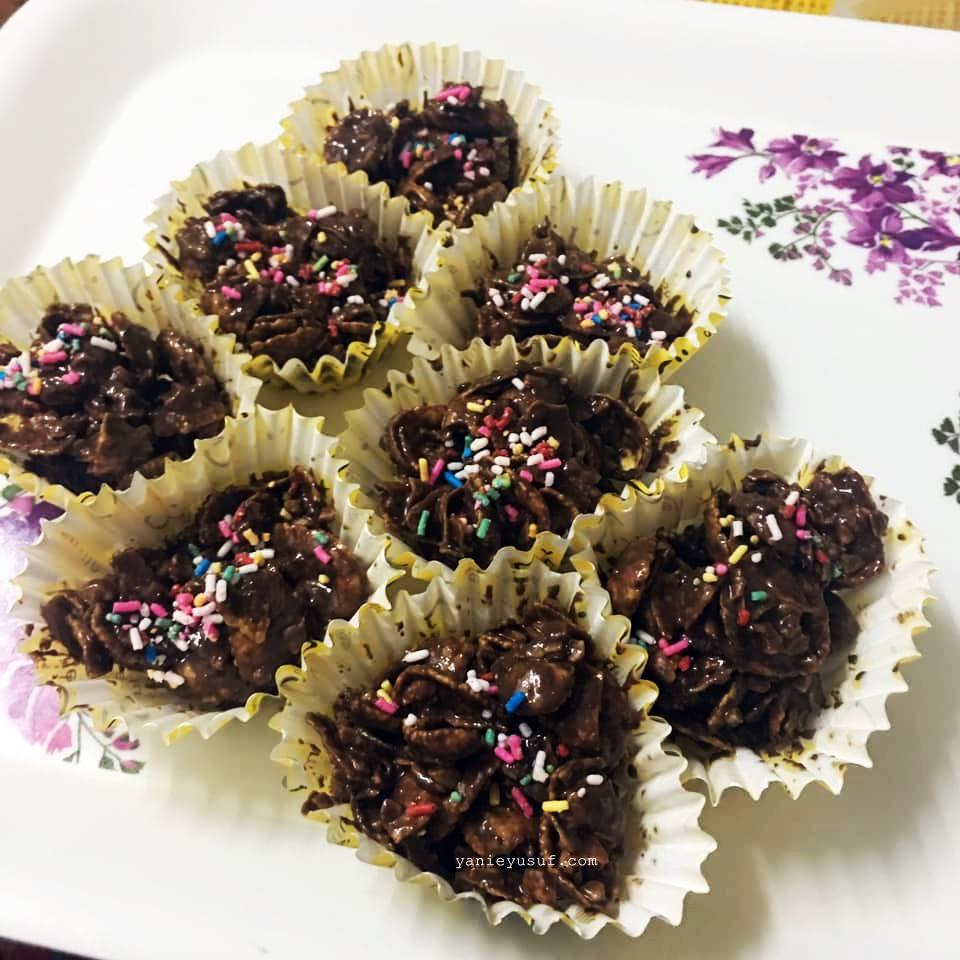 Resepi Biskut Cornflakes Coklat Rangup Tanpa BakarYanieYusuf